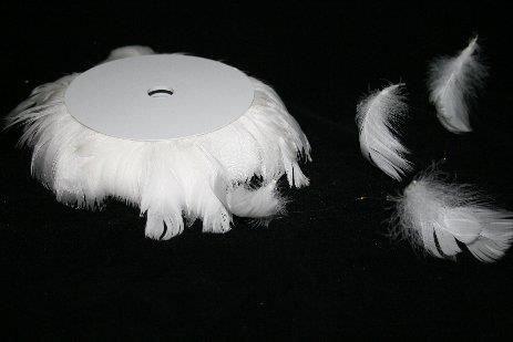 Piórka Na Druciku 10 M Biały 1 Szpulka